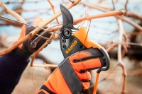 Bahco new lightweight electric secateurs
